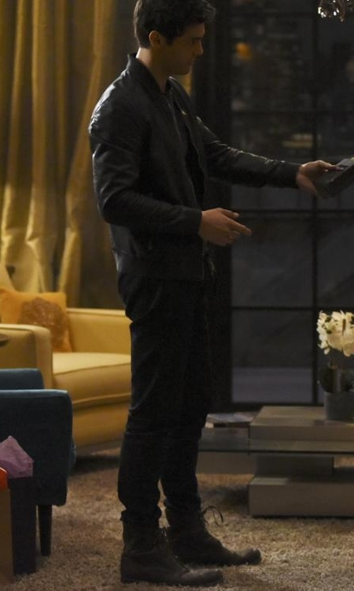 Matthew Daddario with To Boot New York Hobson Wingtip Leather Boots in Shadowhunters