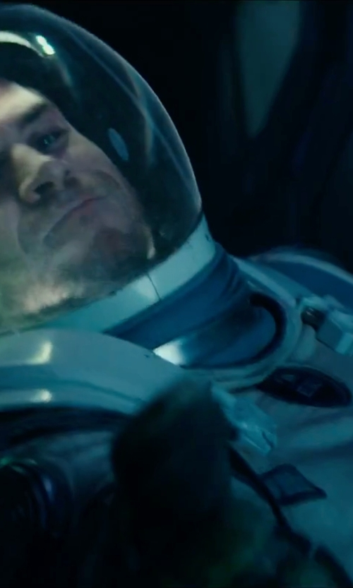 Liam Hemsworth with Aeromax Mens Nasa Astronaut Costume in Independence Day: Resurgence