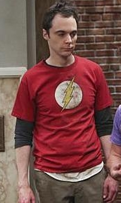 Jim Parsons with SuperHeroStuff Flash Distressed Symbol T-Shirt in The Big Bang Theory