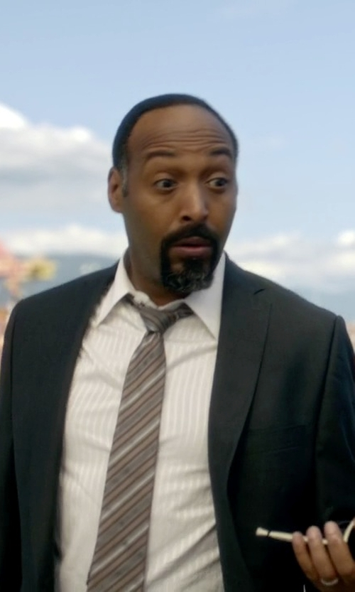 Jesse L. Martin with Tonello Classic Two Piece Suit in The Flash