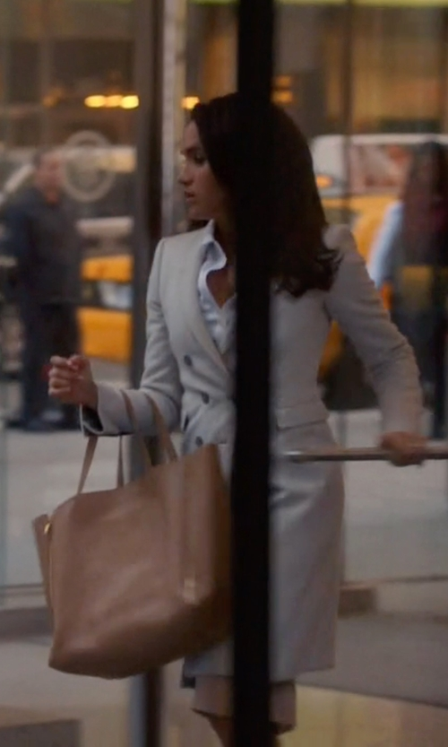 Meghan Markle with Céline Horizontal Cabas Zip Tote Bag in Suits