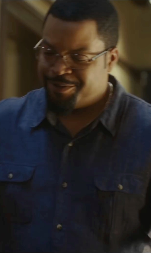 Ice Cube with Calvin Klein Liquid Cotton Woven Shirt in Barbershop: The Next Cut