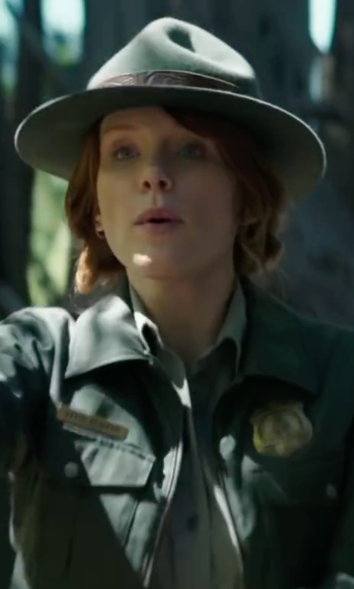Bryce Dallas Howard with Go Silk Safari Long-Sleeve Silk Shirt in Pete's Dragon