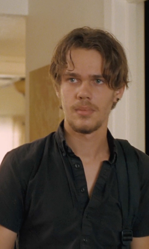 Ellar Coltrane with Urban Outfitters Globe Goodstock Button-Down Shirt in Boyhood
