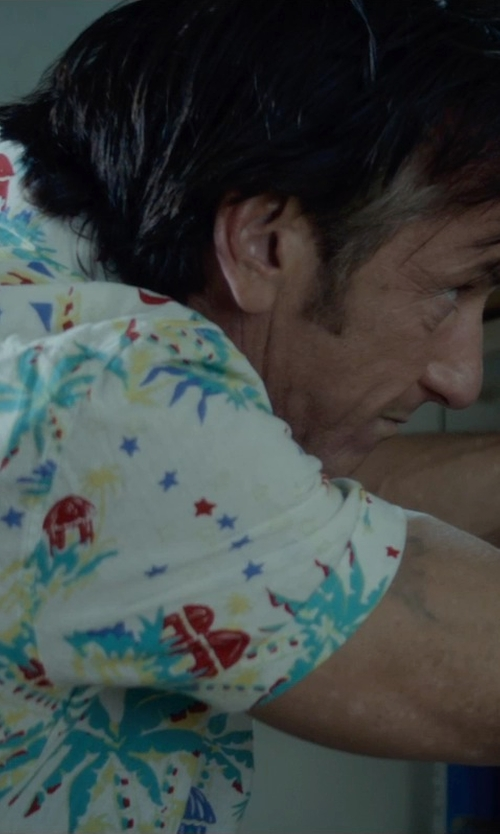 Sean Penn with 7 Diamonds High Tide Reverse Hawaiian Print Shirt in The Gunman