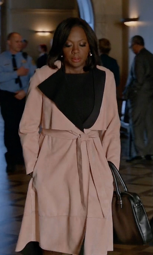 Viola Davis with Sportmax Oversized Wrap Coat in How To Get Away With Murder