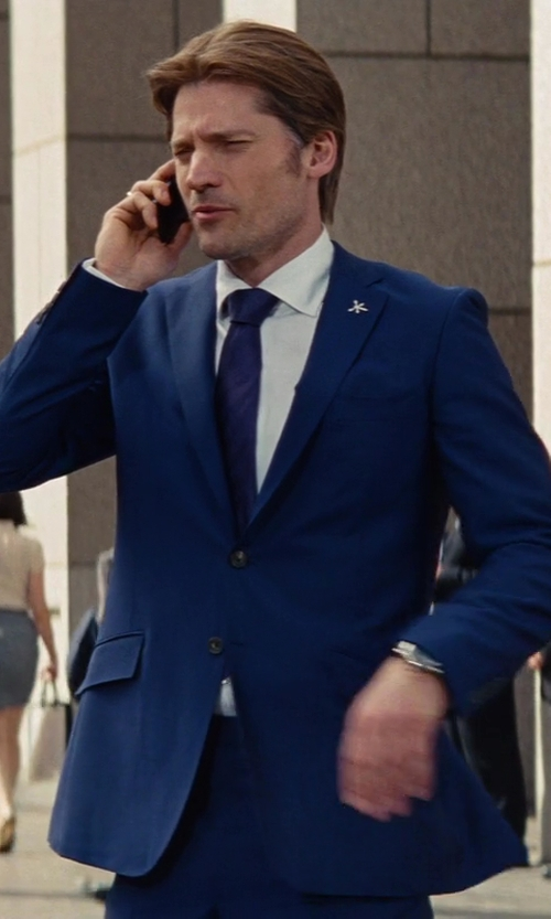 Nikolaj Coster-Waldau with Yves Saint Laurent Beauty Woven Silk Tie in The Other Woman