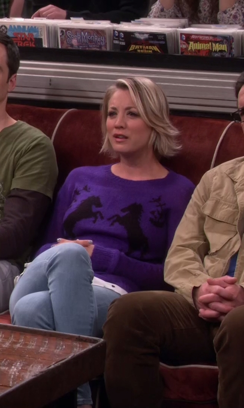Kaley Cuoco-Sweeting with Kensie Tissue Knit Sweater in The Big Bang Theory