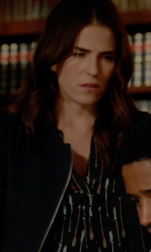 Karla Souza with Joie Aruna Arrow Print Silk Top in How To Get Away With Murder