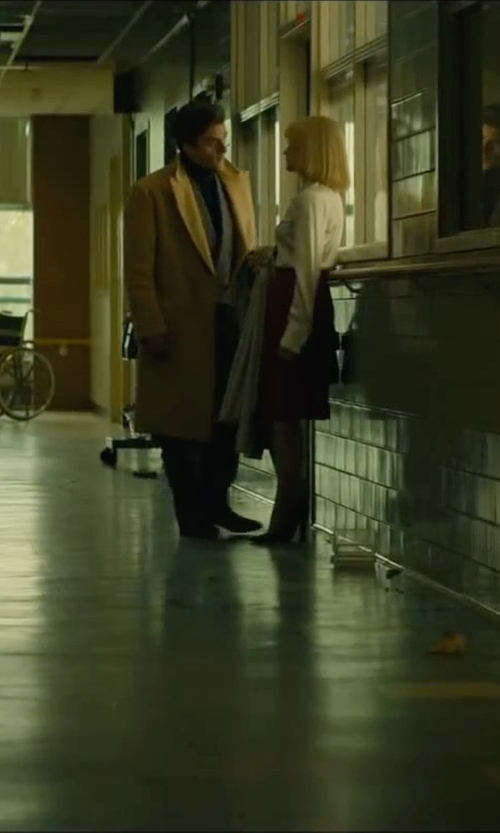 Oscar Isaac with Sartoria Italiana Vintage Double Breasted Coat in A Most Violent Year