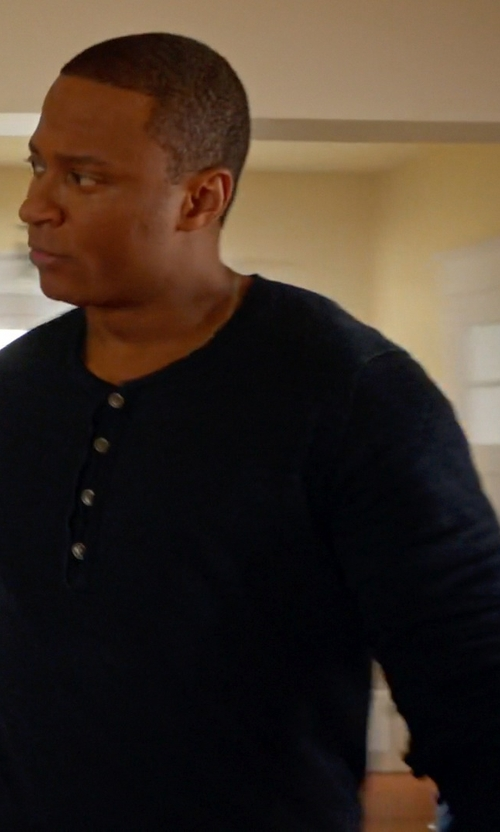 David Ramsey with Vince Favorite Jersey Long Sleeve Henley Shirt in Arrow