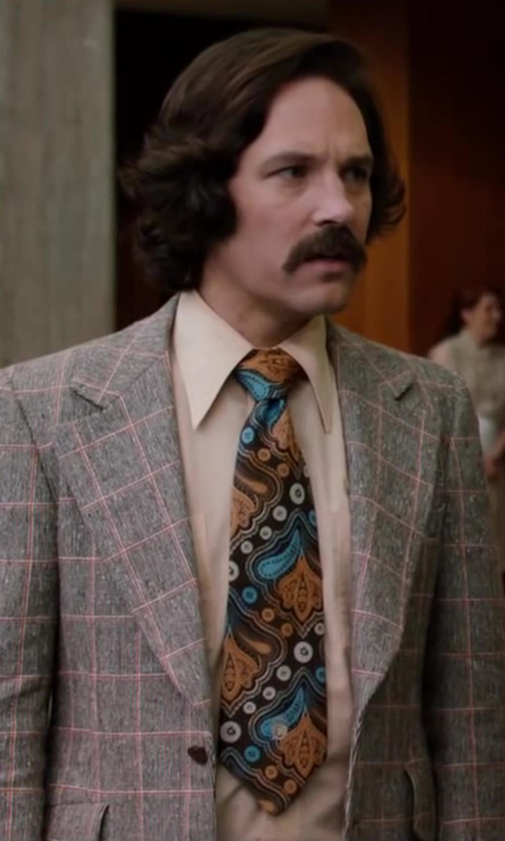Paul Rudd with Jos. A. Bank Traveler Pinpoint Solid Point Collar Dress Shirt in Anchorman 2: The Legend Continues