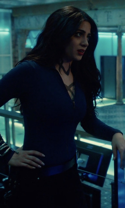 Emeraude Toubia with Nike Hyperwarm Half-Zip 3.0 Fitted Top in Shadowhunters