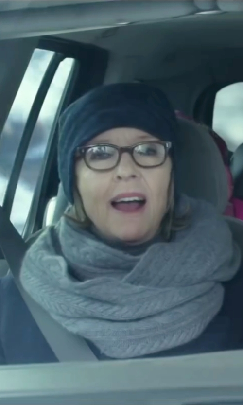 Diane Keaton with The Men's Store at Bloomingdale's Wool-Cashmere Slouch Beanie in Love the Coopers