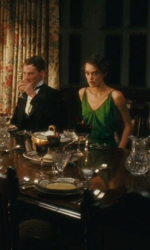 Unknown Actor with Saint-Louis Tommy White Wine Glass in Atonement