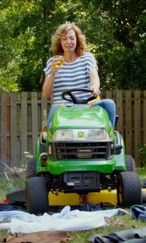 Allison Janney with John Deere X300 Tractor in The DUFF