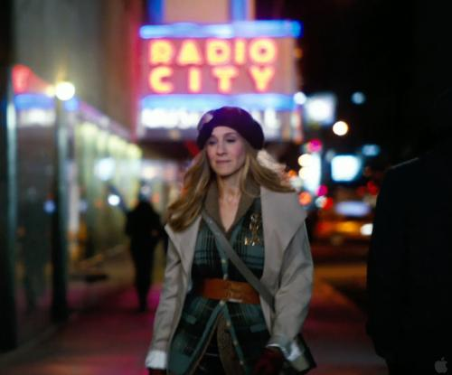 Sarah Jessica Parker with Radio City Music Hall Manhattan, New York City in New Year's Eve