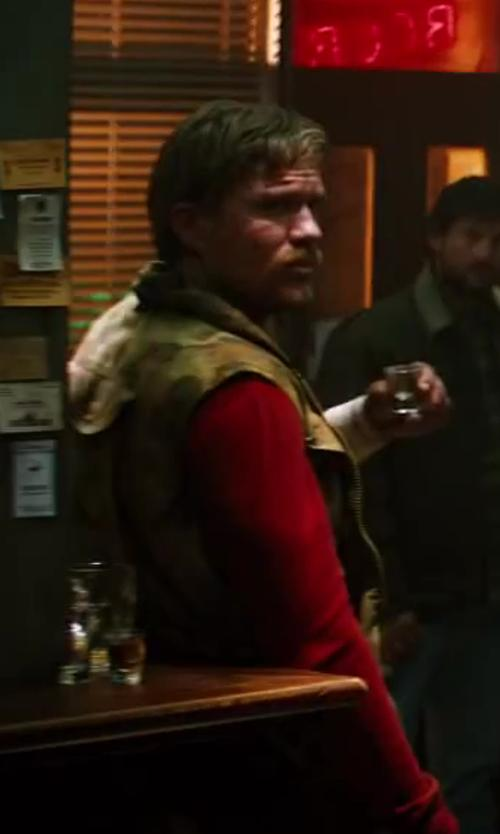 Unknown Actor with Carhartt Quick Duck Woodward Vest in The Wolverine