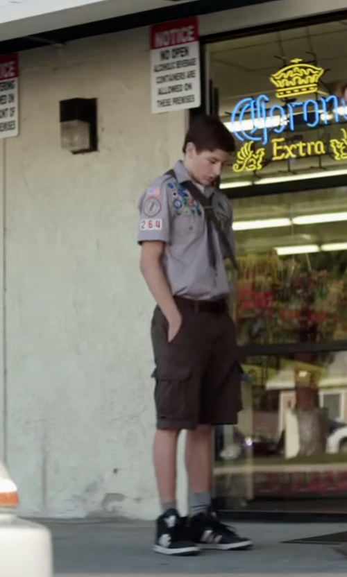 Tye Sheridan with Tommy Hilfiger Classic-Fit Chino Shorts in Scout's Guide to the Zombie Apocalypse