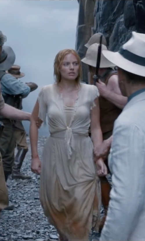 Margot Robbie with European Culture Tie Front Shrug Cardigan in The Legend of Tarzan