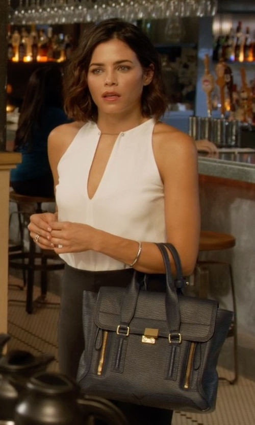 Jenna Dewan Tatum with 3.1 Phillip Lim Medium Zip Satchel Bag in Supergirl