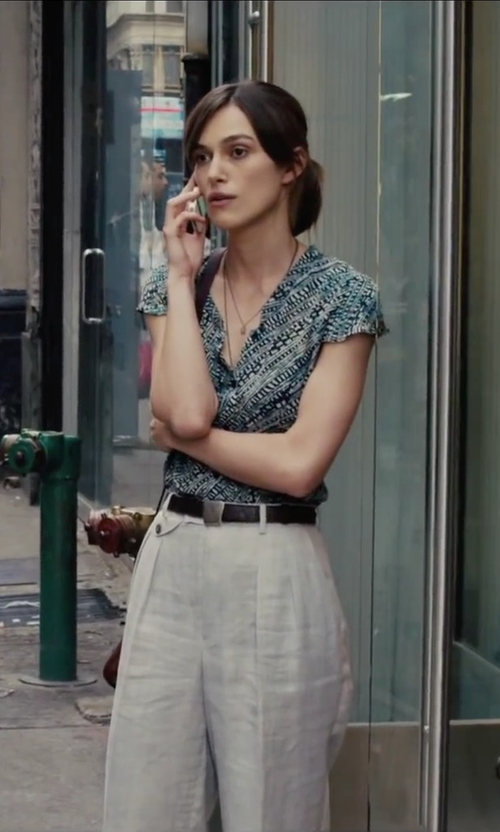 Keira Knightley with Lauren Ralph Lauren Debossed Logo Plaque Leather Belt in Begin Again