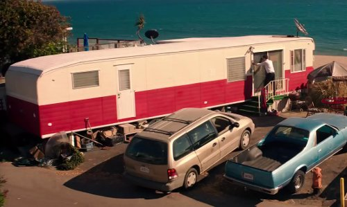 Zach Braff with Jayco Jay Flight Bungalow in Wish I Was Here