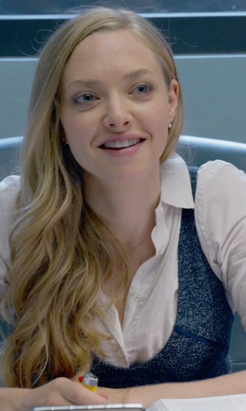 Amanda Seyfried with Wool Overs Women's Cashmere & Merino Cable Shell Top in Ted 2