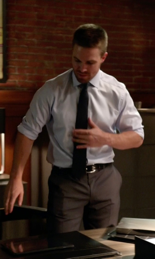 Stephen Amell with Ralph Lauren Embossed-Logo Belt in Arrow