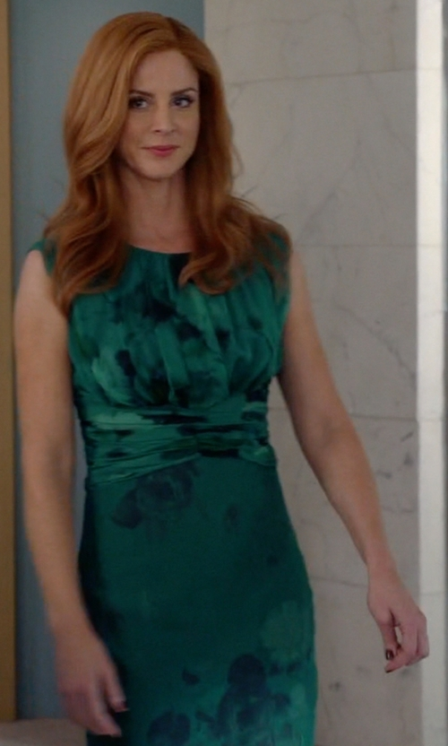 Sarah Rafferty with Giambattista Valli  Fall 2012 One-Shoulder Dress (Modified) in Suits