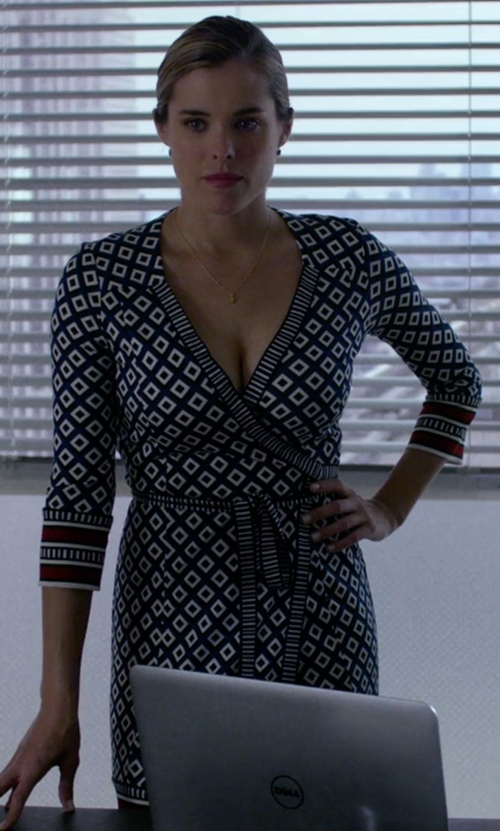 Susie Abromeit with Donna Morgan Geo-Print Wrap Dress in Jessica Jones