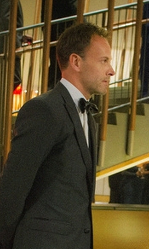 Jonny Lee Miller with Burberry Silk Bow Tie in Elementary