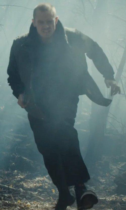 Joel Kinnaman with Diesel Tempus Diamond Sneakers in Run All Night