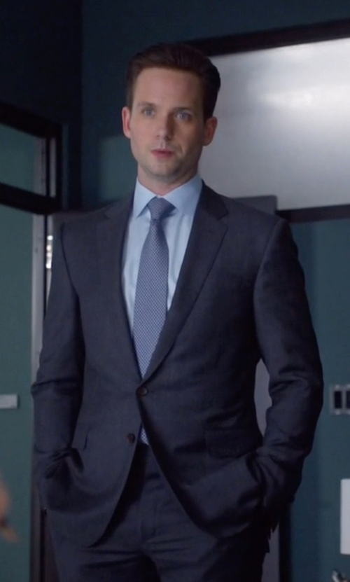 Patrick J. Adams with Armani Collezioni Trim Fit Solid Wool Suit in Suits
