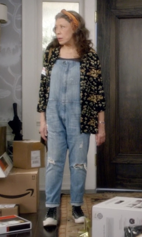 Lily Tomlin with Converse Chuck Taylor All Star High Top Sneakers in Grace and Frankie