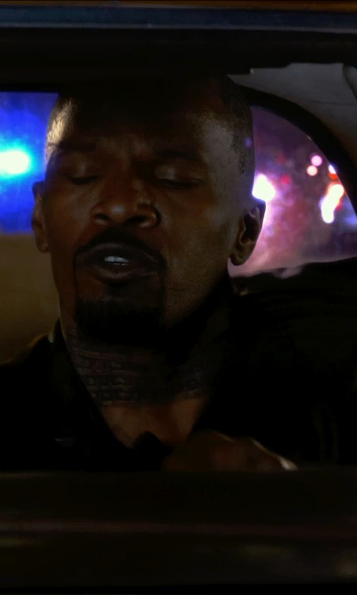 Jamie Foxx with Apple iPhone 5 in Horrible Bosses 2