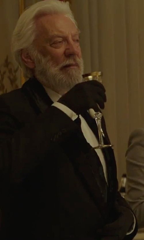 Donald Sutherland with Tom Ford Textured Woven Tuxedo Shirt in The Hunger Games: Mockingjay - Part 2