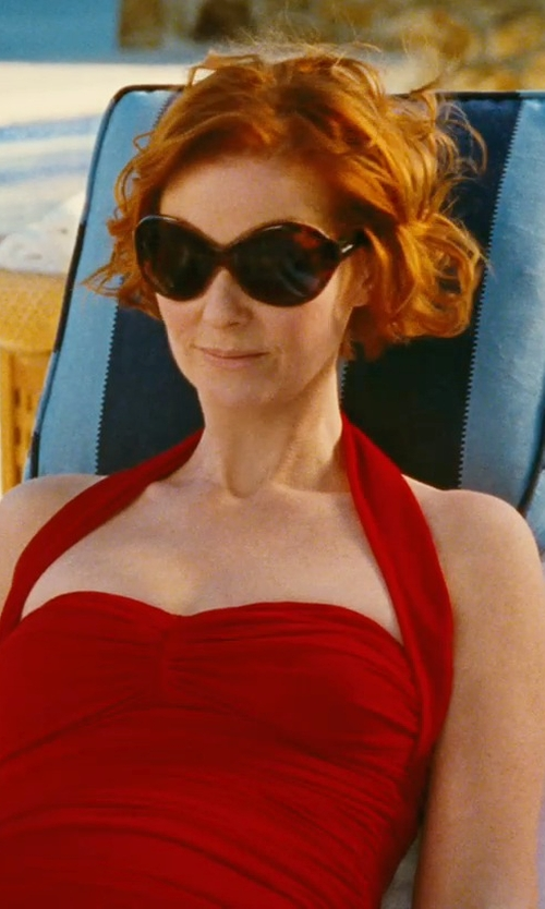 Cynthia Nixon with Calvin Klein Oversized Sunglasses in Sex and the City