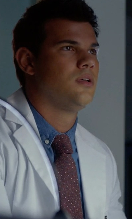 Taylor Lautner with J.Crew English Microdot Silk Tie in Scream Queens