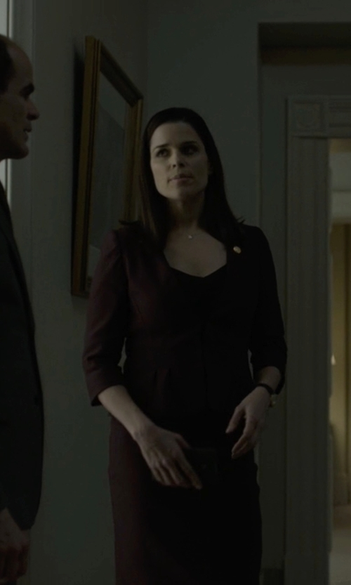 Neve Campbell with Etro Single Breasted Blazer in House of Cards