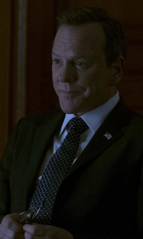 Kiefer Sutherland with Tom Ford Small-dot Textured Silk Tie in Designated Survivor
