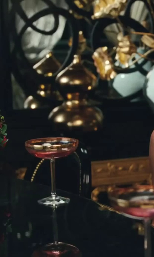 Kristin Davis with Williams-Sonoma Coupe Cocktail Glasses in Sex and the City 2