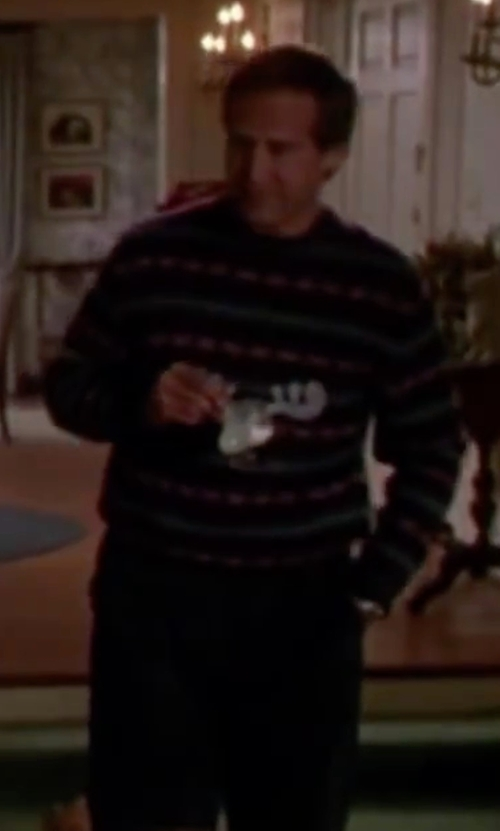 Chevy Chase with National Lampoon Christmas Vacation Glass Moose Mug in Christmas Vacation