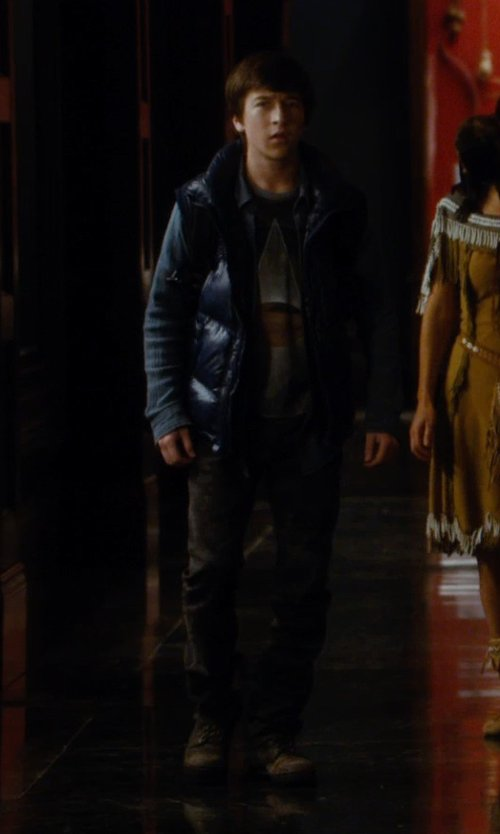 Skyler Gisondo with Dr. Martens Work Eye Boots in Night at the Museum: Secret of the Tomb