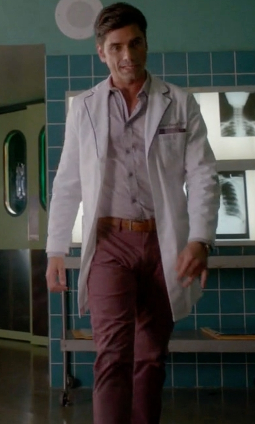 John Stamos with Rag & Bone Solid Wool Pants in Scream Queens
