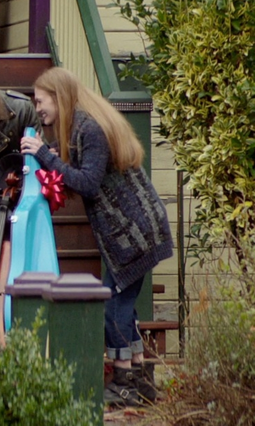 Mireille Enos with Incotex Denim Pants in If I Stay