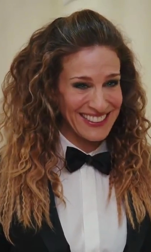 Sarah Jessica Parker with Christian Dior Petite Taille Tux Jacket in Sex and the City 2