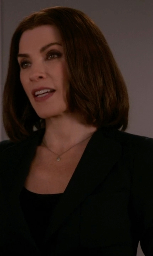 Julianna Margulies with Flavio Castellani Single Breasted Blazer in The Good Wife
