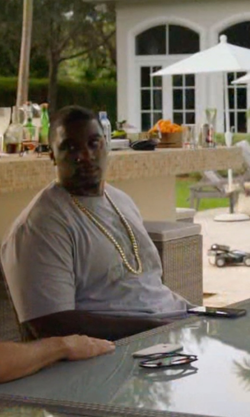 Donovan W. Carter with Apple Iphone 6 Plus in Ballers