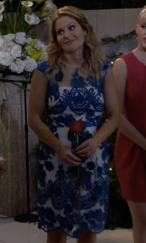 Candace Cameron Bure with Marchesa Notte Lace Dress in Fuller House
